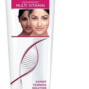 Fair & Lovely Multi Vitamin 25gm MRP 54/- with free face wash